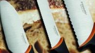 Zestaw 3 noży śniadaniowych Fiskars Functional Form Ostrze wykonane z wysokiej jakości stali nierdzewnej Można myć w zmywarce Funkcjonalne i łatwe w użyciu Rękojeść Fiskars Softouch® Twardość: HRC 53 Zestaw...